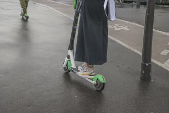 Țara în care circulaţia cu trotineta electrică pe trotuar te poate trimite după gratii