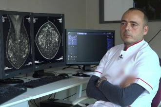Medicul care nu a reuşit să plece din ţară din cauza birocraţiei iar acum ajută bolnavii şi în timpul liber