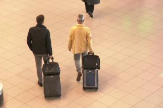 Cum a găsit un român bilete de avion pentru Italia cu doar 19 BANI pentru 2 persoane