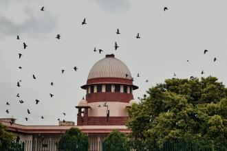 Curtea Supremă a Indiei acordă hinduşilor proprietatea asupra moscheii din Ayodhya