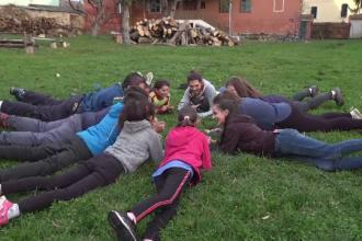 Un mic sat din Transilvania găzduiește cercetași din întreaga lume. Ce au descoperit aici