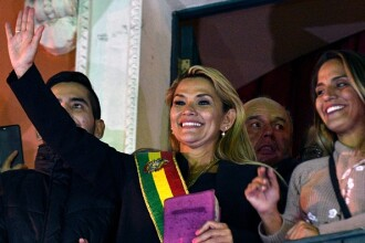 Washingtonul a recunoscut-o pe Jeanine Anez ca preşedinte interimar al Boliviei