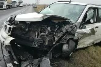Un șofer de 75 de ani a intrat cu mașina în autoturismul condus de un tânăr de 21 de ani