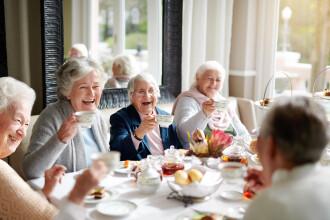 Cum să trăiești peste 100 de ani? Secretele celor mai bătrâni oameni din lume