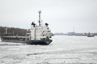 Exerciții în Marea Neagră cu cel puțin zece nave de război rusești