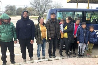 Un român, prins transportând migranți spre vestul Europei. Câți bani le-a luat