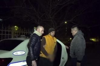 Bărbat din Vaslui, arestat după ce a violat o fată de 14 ani. A luat-o chiar de sub ochii tatălui