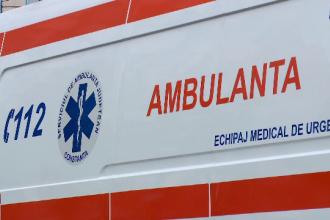 Tragedie în Bistrița. Un bărbat și nepotul său au căzut de la etaj