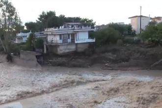 Grecia este devastată de ape. Inundațiile au făcut prăpăd, distrugând mai multe regiuni