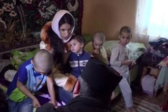 Drama unei văduve cu șase copii, din Vaslui: dată afară din casă și rămasă fără bani