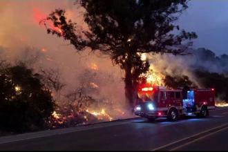 Un nou incendiu de vegetație face ravagii în California. 5.000 de persoane au fost evacuate