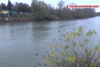 O femeie a încercat să se sinucidă, sărind în râul Mureș. Născuse în urmă cu doar o săptămână