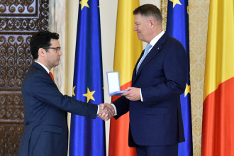 Klaus Iohannis, decorat de MApN. Ce distincție a primit președintele