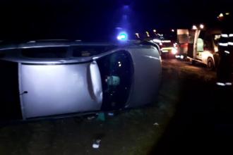 Tânăr fără permis, mort într-un accident în Dâmbovița. Lângă trupul său au fost găsite 2 sticle de alcool