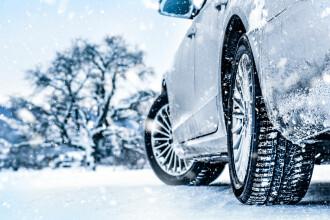 Cauciucuri de iarnă 2021. Ce amenzi riscă șoferii care nu și-au montat anvelopele pentru zăpadă