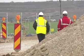 Vom plăti peste 2 miliarde de euro constructorilor de autostrăzi pentru nimic. Bode: