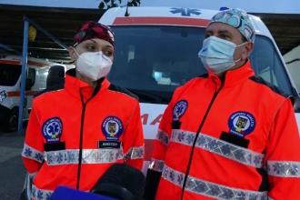 """Îndemnul salvatorilor care se luptă zilnic cu virusul: """"Alegeți, ori purtați masca, ori o să primiți oxigen sub presiune"""