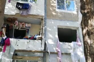 Explozie într-un apartament din Slobozia. Zeci de persoane, evacuate. FOTO