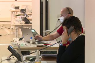 Experiența unui voluntar care lucrează în call-center la DSP. Telefonul sună de 6.000 de ori pe zi