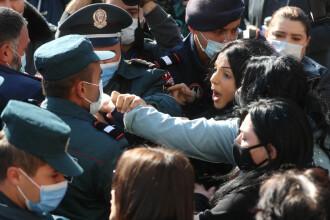 Nagorno-Karabah: Protestatari, arestaţi în timpul unei manifestaţii împotriva acordului de încetare a ostilităţilor