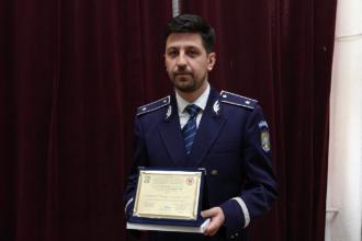 Un poliţist din Iași a salvat de la înec un bătrân cu probleme psihice