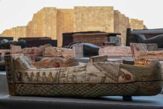 Descoperire istorică în Egipt. 100 de sarcofage vechi de peste 2.000 de ani, găsite în stare intactă