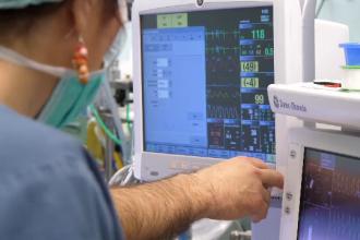 O nouă problema, după criza locurilor la ATI: stocurile de oxigen din spitale sunt pe terminate