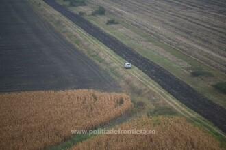 Peste 100 de migranţi care se îndreptau din Serbia spre România, observați de poliţiştii de frontieră