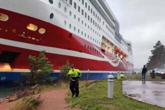 O navă cu peste 400 de persoane la bord a eşuat în apropierea portului Mariehamn