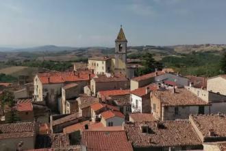 Orășelul din Italia în care cazarea este gratuită pentru turiști. Ce poți vedea în zonă