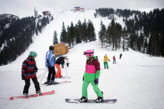 Ce spune Iohannis despre posibilitatea ca românii să meargă la schi în această iarnă