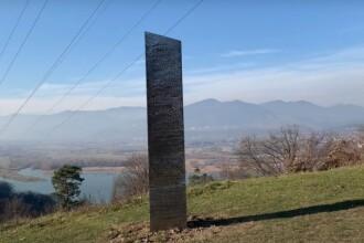 Monolitul metalic misterios, care a fost descoperit lângă o cetate dacică din România, a dispărut