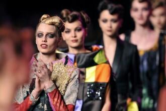 Stralucire, eleganta si senzualitate la Saptamana Modei la Paris