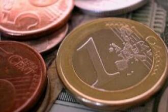 Leul mai castiga un meci: euro a scazut la 4,21 de lei