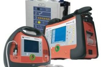 Avem defibrilatoare, dar nu stim sa le folosim
