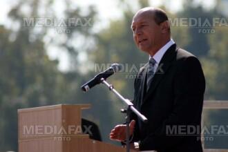 Basescu: Vocea romanilor din diaspora nu e suficient de puternica