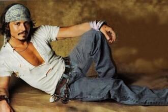 Johnny Depp face pe piratul pentru 63 de milioane de dolari!
