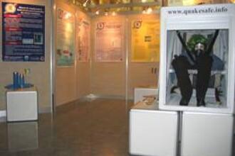 Vehicul electric pliabil si cosmetice din insecte la Salonul de Inventica