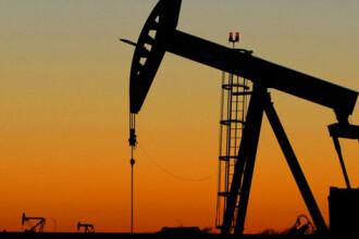 Pretul petrolului revine sub 38 dolari barilul!