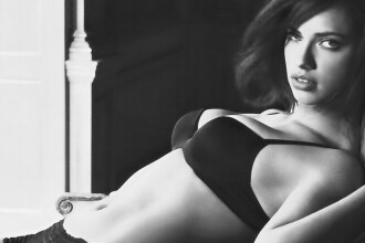 Adriana Lima, sexy si parfumata