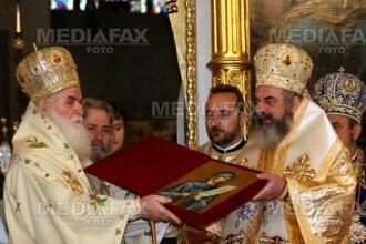 Drumul credintei duce la Iasi! 20.000 de oameni la Sfanta Parascheva