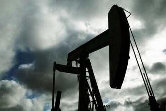 Pretul petrolului a scazut sub 37 de dolari pe baril
