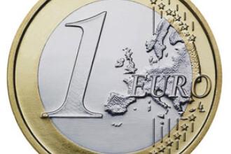 Cursul a crescut usor in a doua parte a zilei, ajungand la 4,2080 lei/euro