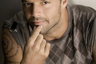 Ricky Martin a recunoscut! ESTE GAY!