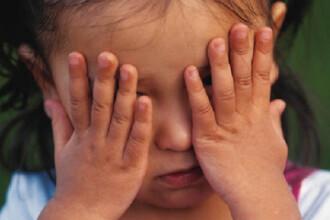 Copilarie furata: cinci copii terorizati de propriul tata