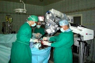 Bolnavii de la Spitalul Bagdasar-Arseni, tratati printre mormane de moloz