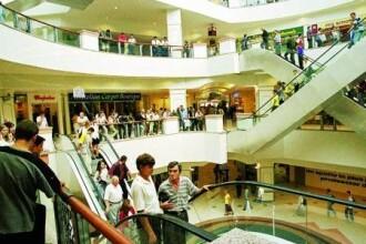 Mall-urile, amenintate de faliment