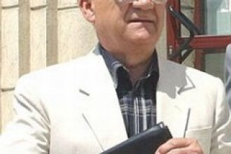 Generalul Mihai Chitac cere eliberarea pe motive medicale