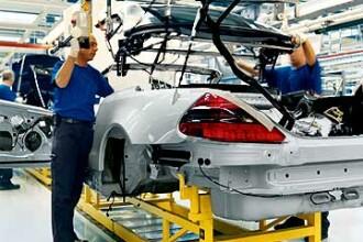 Dupa Renault si Dacia, Daimler anunta oprirea temporara a productiei
