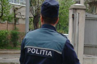Un politist bucurestean a fost muscat de un barbat prins dupa ce furase cablurile unui lift